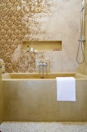 Carta da parati di Wall&Decò nella vasca