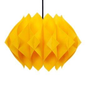 Lampadario a sospensione giallo in plastica di DanishVintageDesigns su Etsy