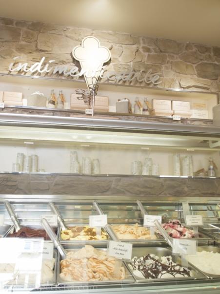 Il bancone dei gelati
