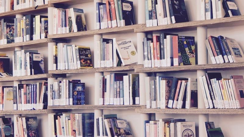 Libreria in cartone riciclato