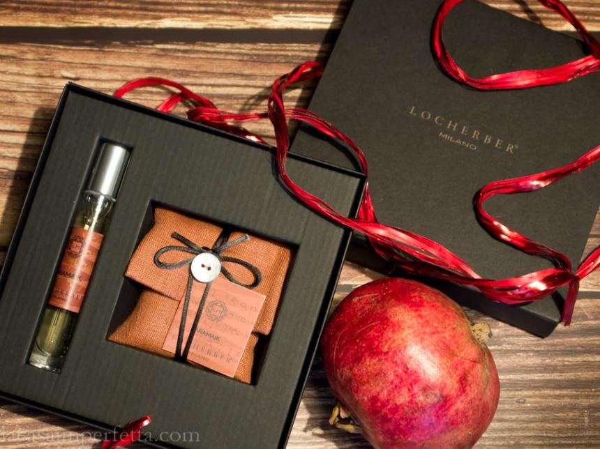 Confezione regalo con sacchetto profuma ambiente ed essenza spray